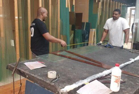 Bricorome : Comment fabriquer le mastic de vitrier ?